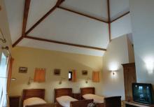 Ferme château Laneffe, location de chambre d'hôtes 5 personnes reine des près