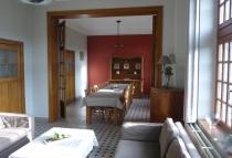 ferme-chateau-laneffe-gite-de-la-dependance-14-personnes-salon