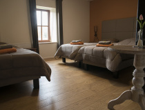 ferme-chateau-laneffe-gite-7-personnes-fournil-005-800
